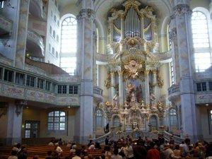 Altar in Dresden\'s Frauenkirche